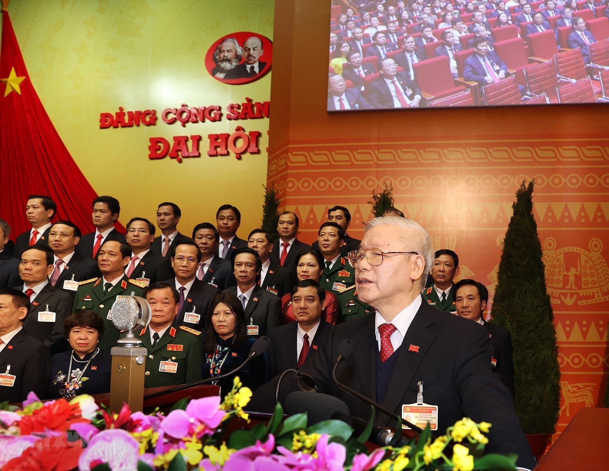 Đồng chí Nguyễn Phú Trọng, Tổng Bí thư BCH Trung ương khóa XIII, Chủ tịch nước CHXHCN Việt Nam đọc diễn văn bế mạc Đại hội