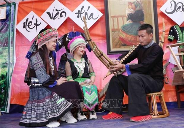 Nét văn hóa đặc sắc của người Mông được tái hiện tại lễ hội. Ảnh: Nguyễn Oanh-TTXVN