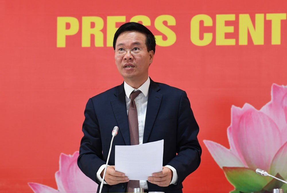 Ông Võ Văn Thưởng – Uỷ viên Bộ Chính trị, Bí thư Trung ương Đảng, Trưởng Ban Tuyên giáo Trung ương phát biểu tại cuộc họp báo trước khai mạc Đại hội XIII của Đảng
