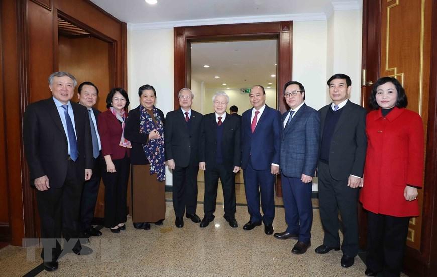 Tổng Bí thư, Chủ tịch nước Nguyễn Phú Trọng với các đại biểu dự bế mạc Hội nghị. Ảnh: TTXVN