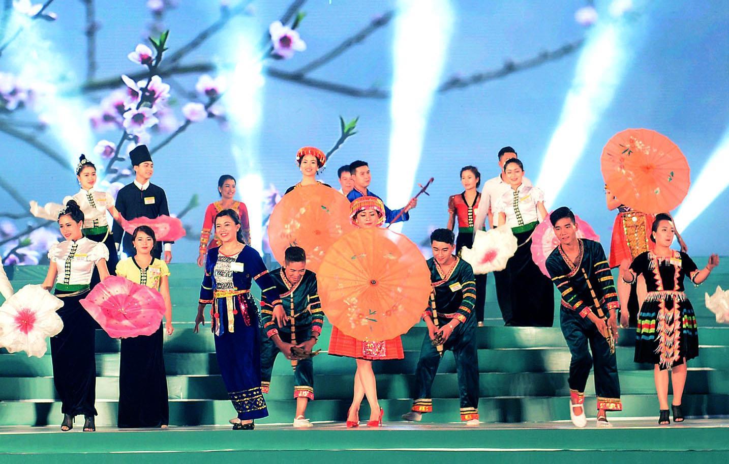 Ngày Văn hóa các dân tộc Việt Nam được tổ chức thường niên góp phần bảo tồn và phát huy giá trị văn hóa các dân tộc (Ảnh TL)