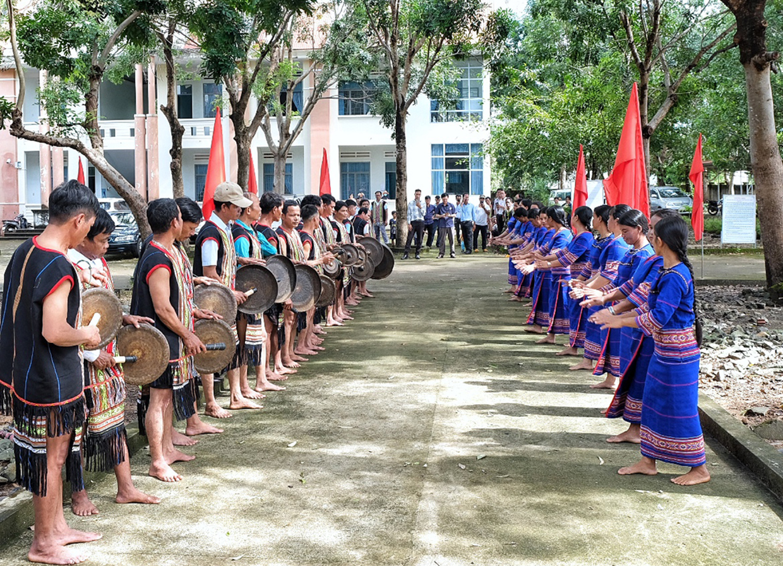 Bảo tồn các giá trị văn hóa truyền thống là một trong những định hướng trong quy hoạch phát triển ngành văn hóa. Ảnh: Minh Châu