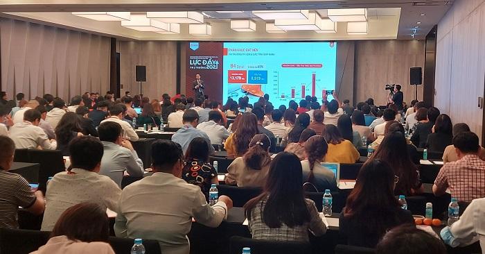 """Tòan cảnh buổi hội thảo """" Lực đẩy thị trường BĐS 2021"""" do DKRA Vietnam tổ chức."""