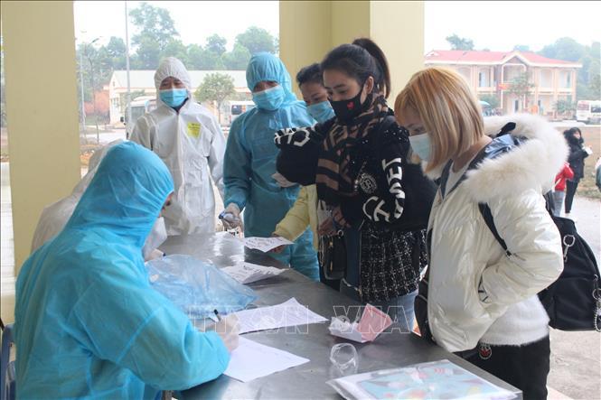 Tỉnh Thái Nguyên tiếp nhận, cách ly 192 công dân nhập cảnh từ Trung Quốc, ngày 6/1/2021. Ảnh minh họa: Thu Hằng/TTXVN