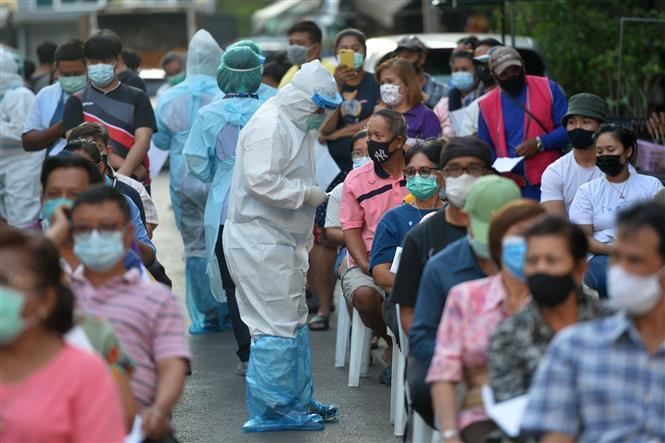 COVID-19 tới 6 giờ sáng 9/1: Thế giới trên 89,2 triệu ca bệnh; Nhiều nước phê chuẩn chương trình tiêm vaccine 7