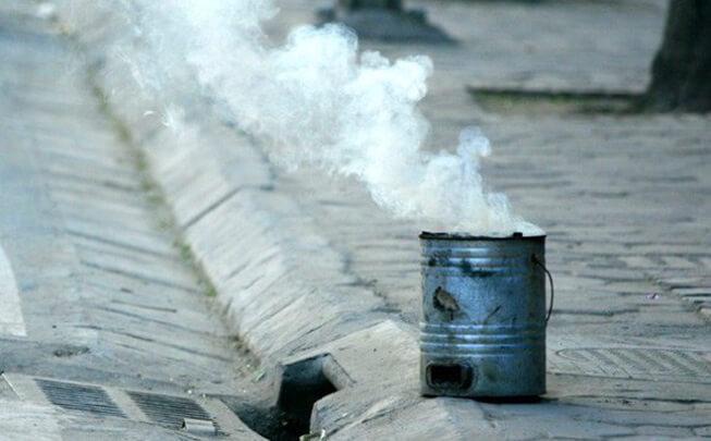 Nhiều trường hợp bị ngộ độc khí CO dẫn đến tử vong do đốt than tổ ong trong phòng kín để sưởi ấm.