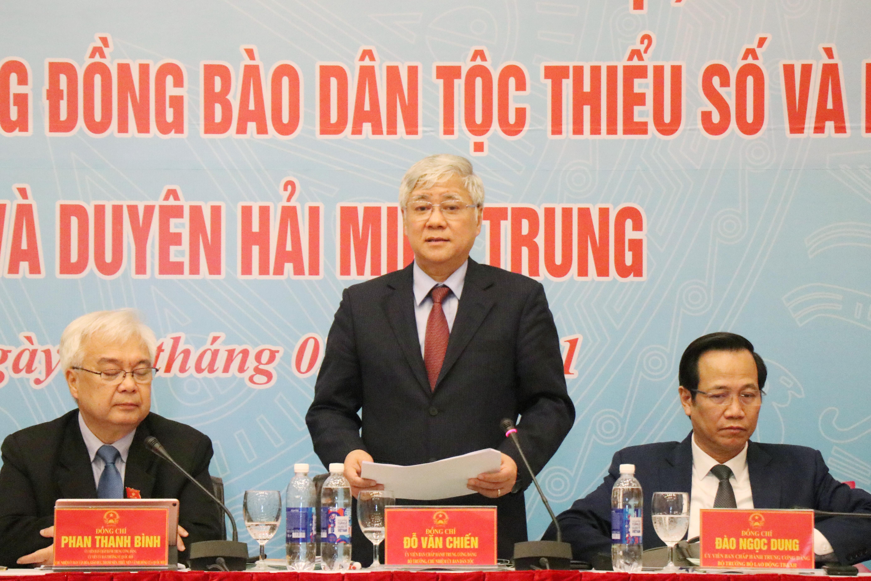 Bộ trưởng, Chủ nhiệm Uỷ ban Dân tộc Đỗ Văn Chiến phát biểu tại Hội thảo