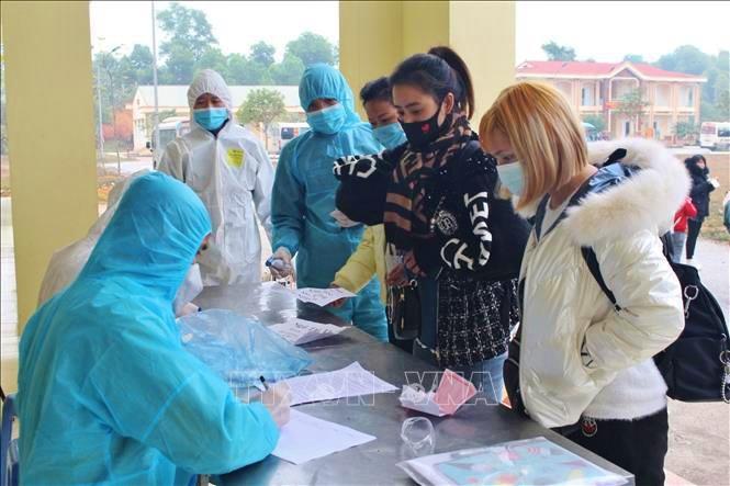 Tỉnh Thái Nguyên tiếp nhận, cách ly 192 công dân nhập cảnh từ Trung Quốc. Ảnh: Thu Hằng/TTXVN