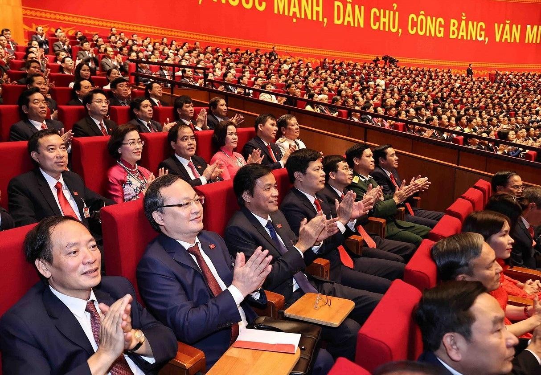 Đại biểu dự khai mạc Đại hội XIII của Đảng