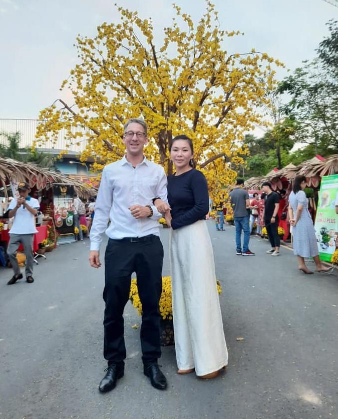 Vợ chồng Nguyễn Lê Thạch Thảo và Zihlmann Marc Aurel