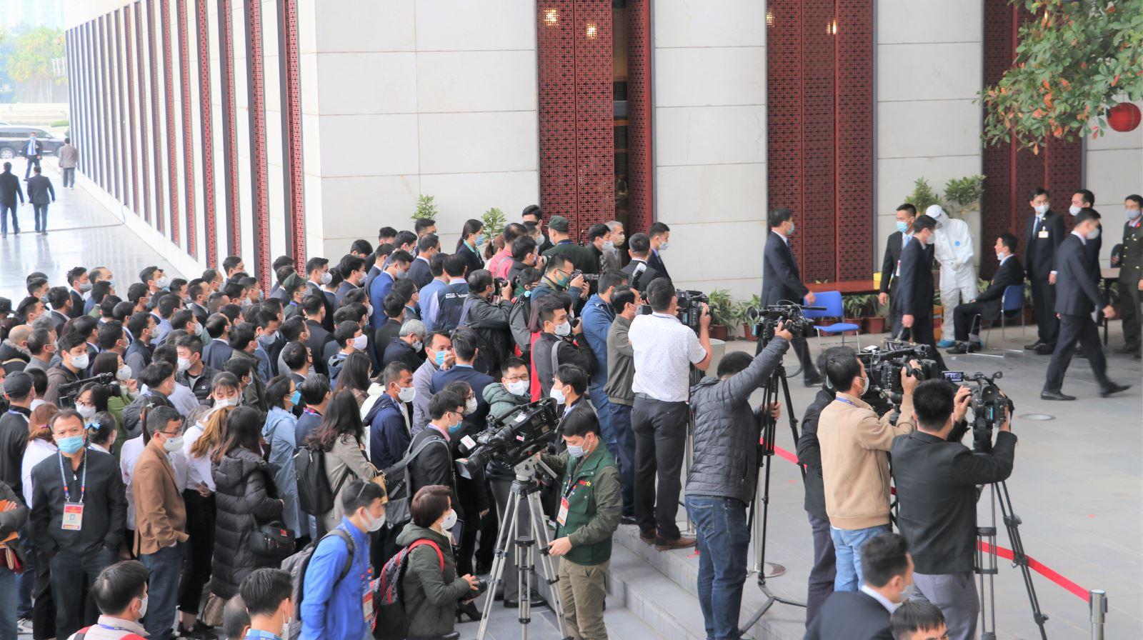 Phóng viên báo chí và lực lượng nhân sự phục vụ Đại hội được xét nghiệm Covid - 19 lần 3 trong ngày 29/1/2021