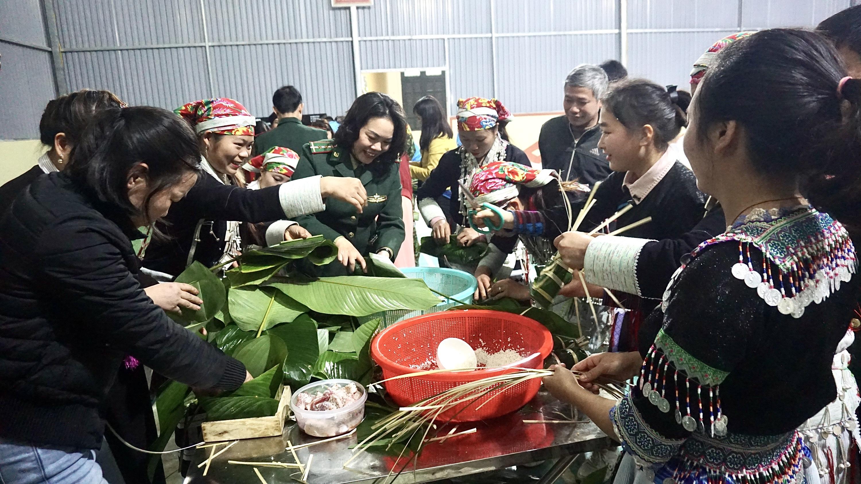 Nhiều hoạt động vui Xuân, đón Tết được các đơn vị tổ chức cho bộ đội và bà con Nhân dân