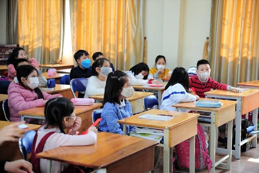 Toàn bộ học sinh trên địa bàn TP Hà Nội được nghỉ Tết sớm 1 tuần để chống COVID-19