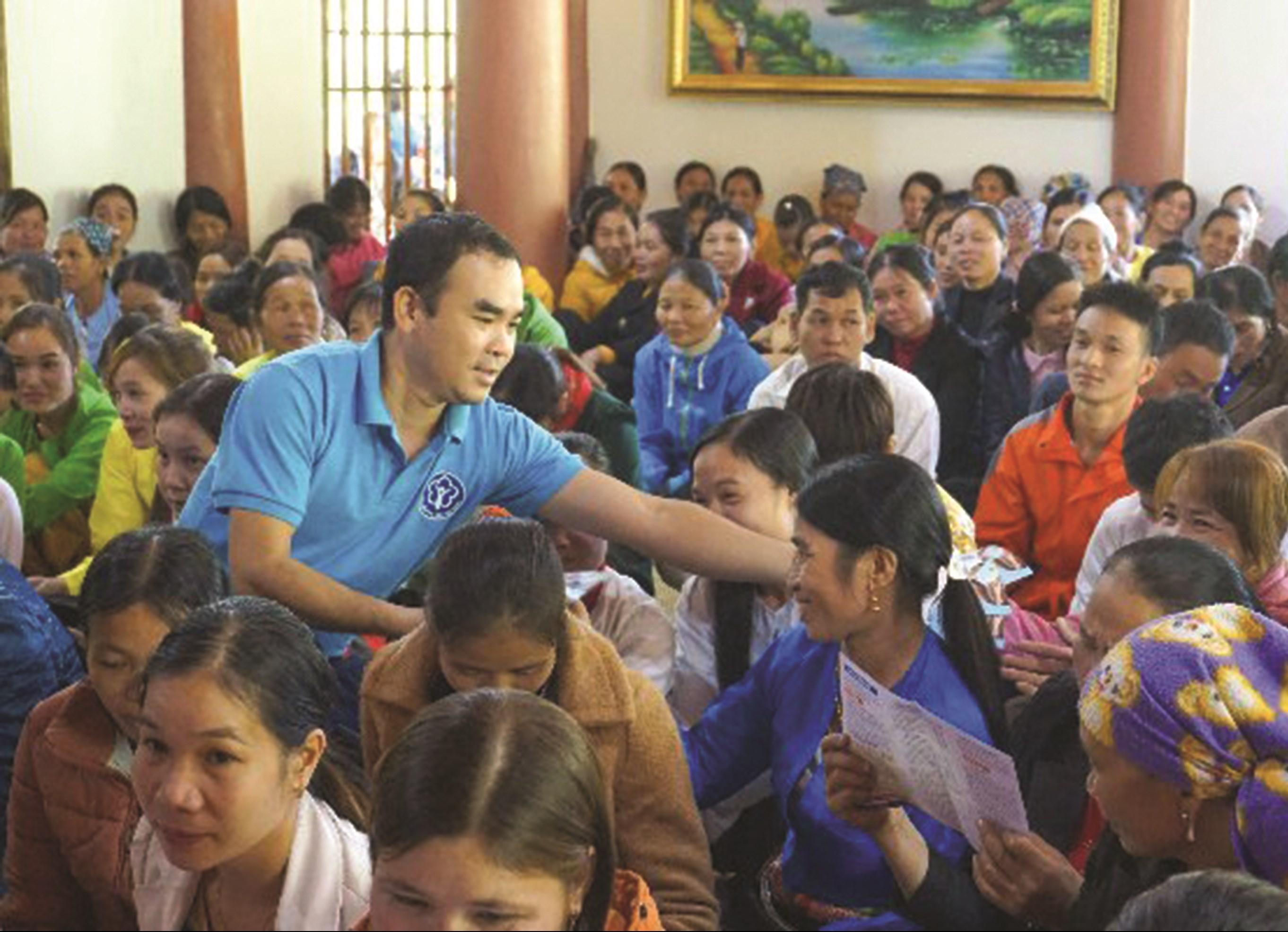 Một buổi tuyên truyền chính sách BHXH tự nguyện của BHXH huyện Thạch Thành (Thanh Hóa)