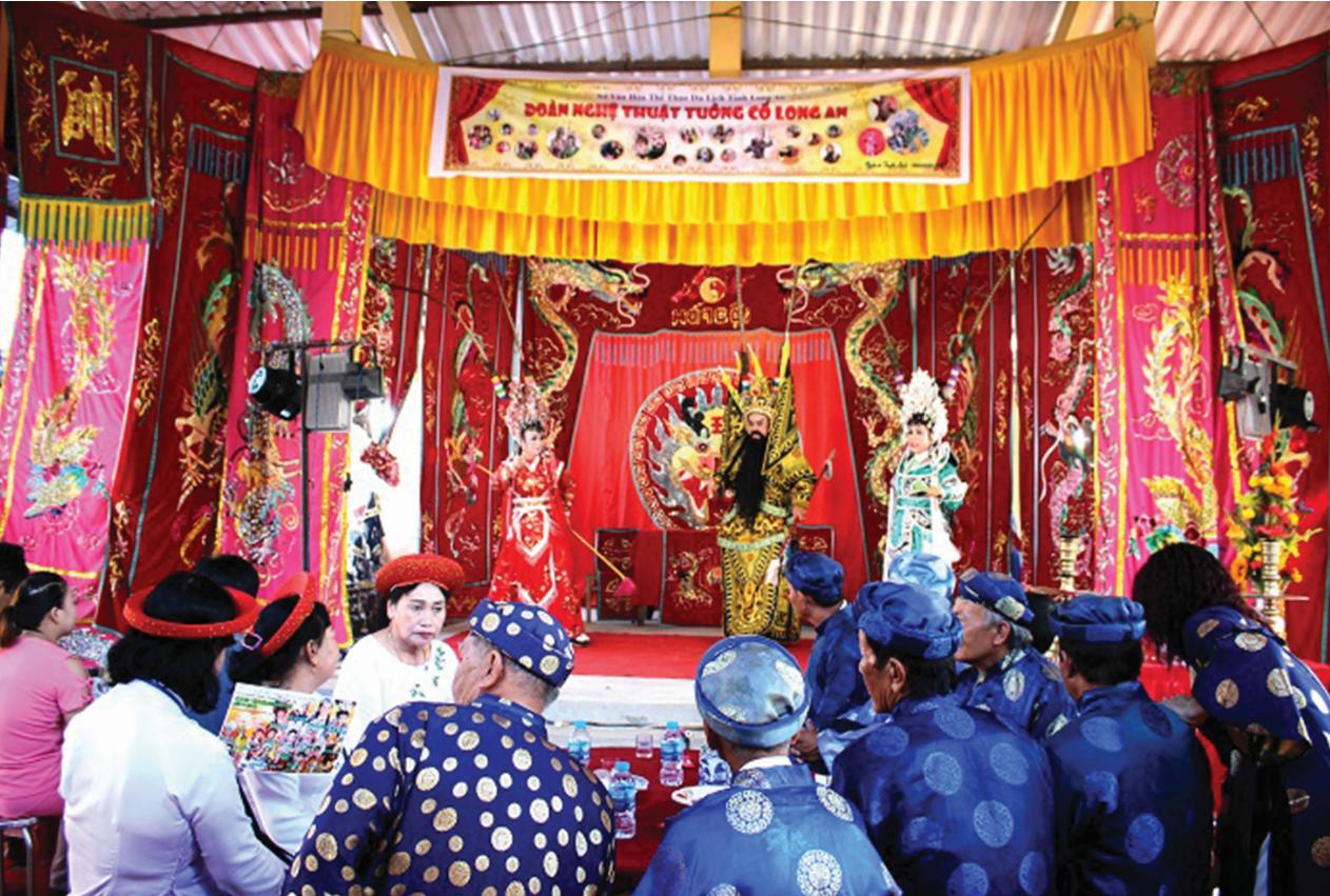Biểu diễn nghệ thuật hát bội tại Lễ Kỳ Yên (tỉnh Long An)