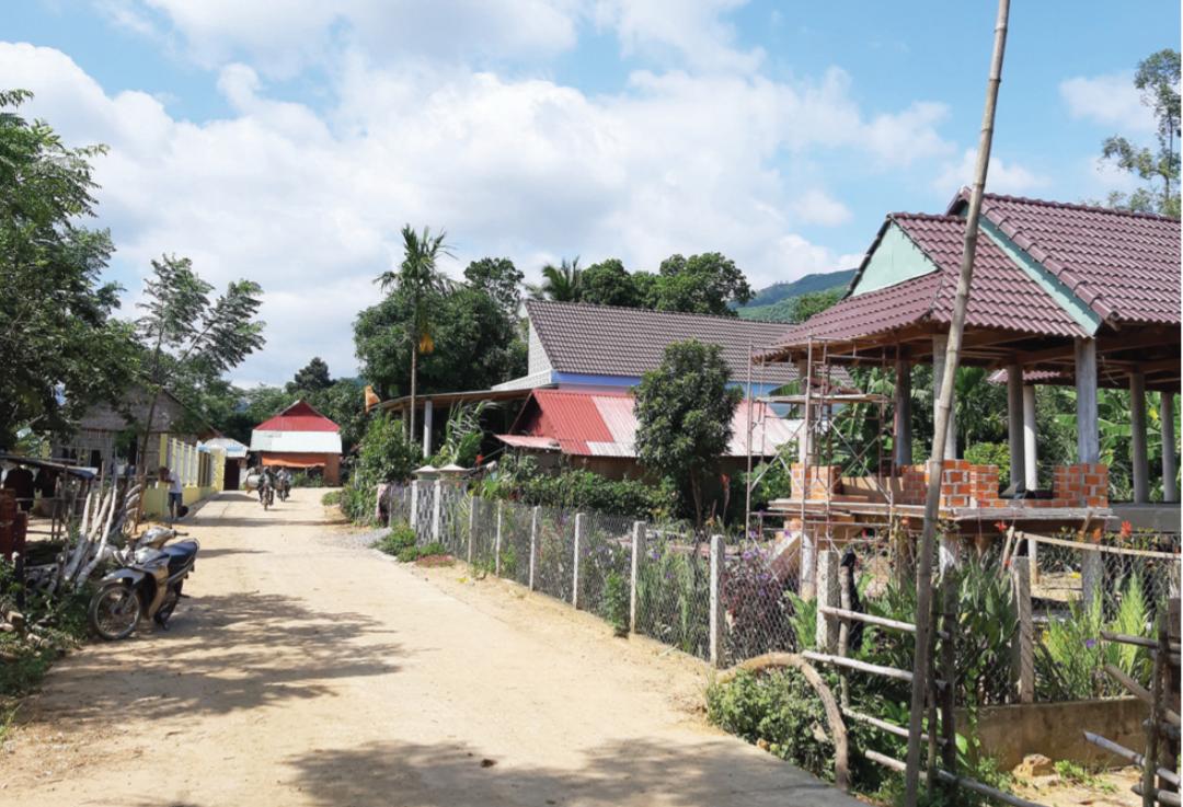 Có điện lưới quốc gia, người dân các làng đồng bào DTTS xã Canh Liên sẽ sang trang mới