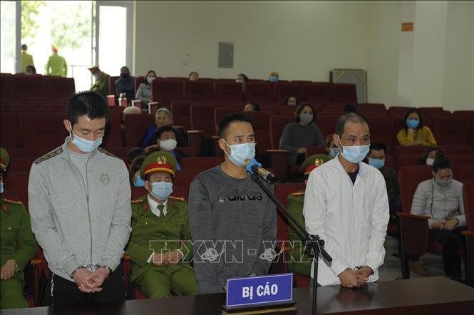 Các bị cáo tại Tòa. Ảnh: Mạnh Khánh/TTXVN