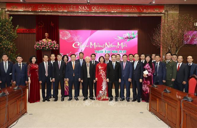Tổng Bí thư, Chủ tịch nước Nguyễn Phú Trọng với các đại biểu tại Thành uỷ Hà Nội. Ảnh: Trí Dũng/TTXVN