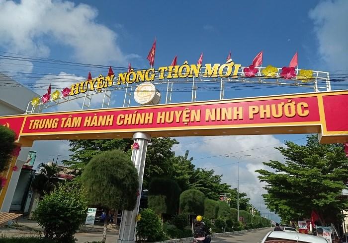 Ninh Phước vinh dự là huyện nông thôn mới đầu tiên được công nhận của tỉnh Ninh Thuận