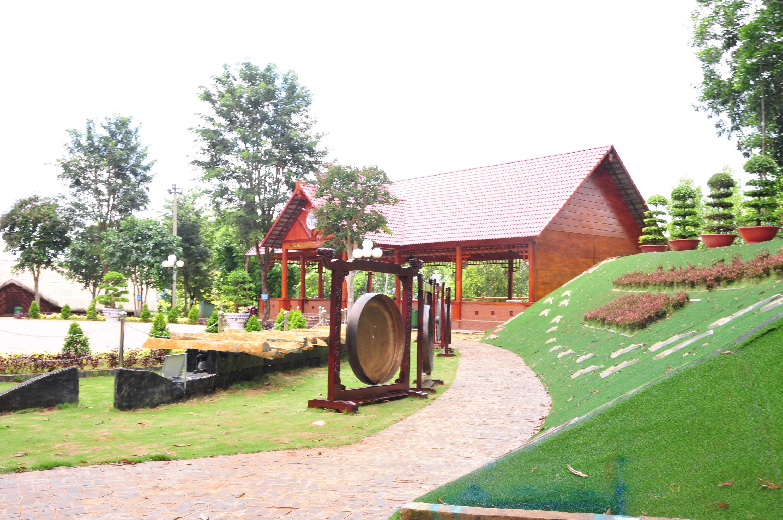Một góc Khu bảo tồn văn hóa dân tộc Xtiêng sóc Bom Bo