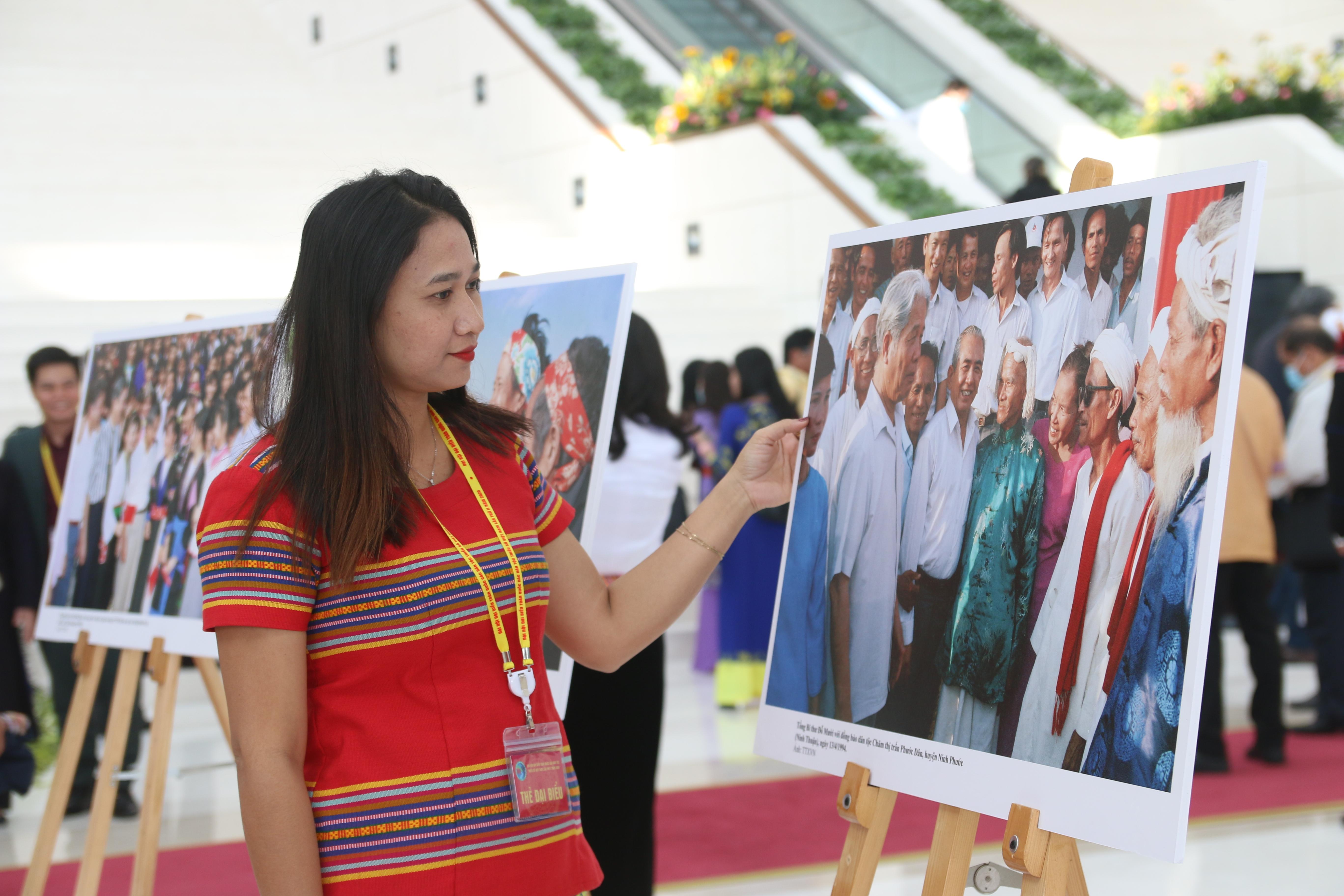 Chị Mai Thị Ngọc Dung tham dự Đại hội Đại biểu Toàn quốc các dân tộc thiểu số Việt Nam lần thứ II, diễn ra tại Hà Nội