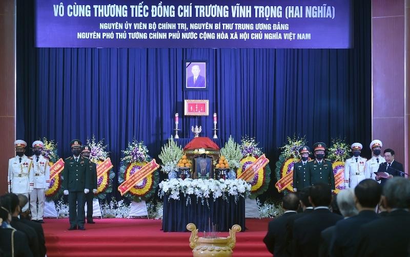 Hội trường lớn tỉnh Bến Tre trong ngày di quan tiễn biệt đồng chí Trương Vĩnh Trọng về nơi an nghỉ cuối cùng.