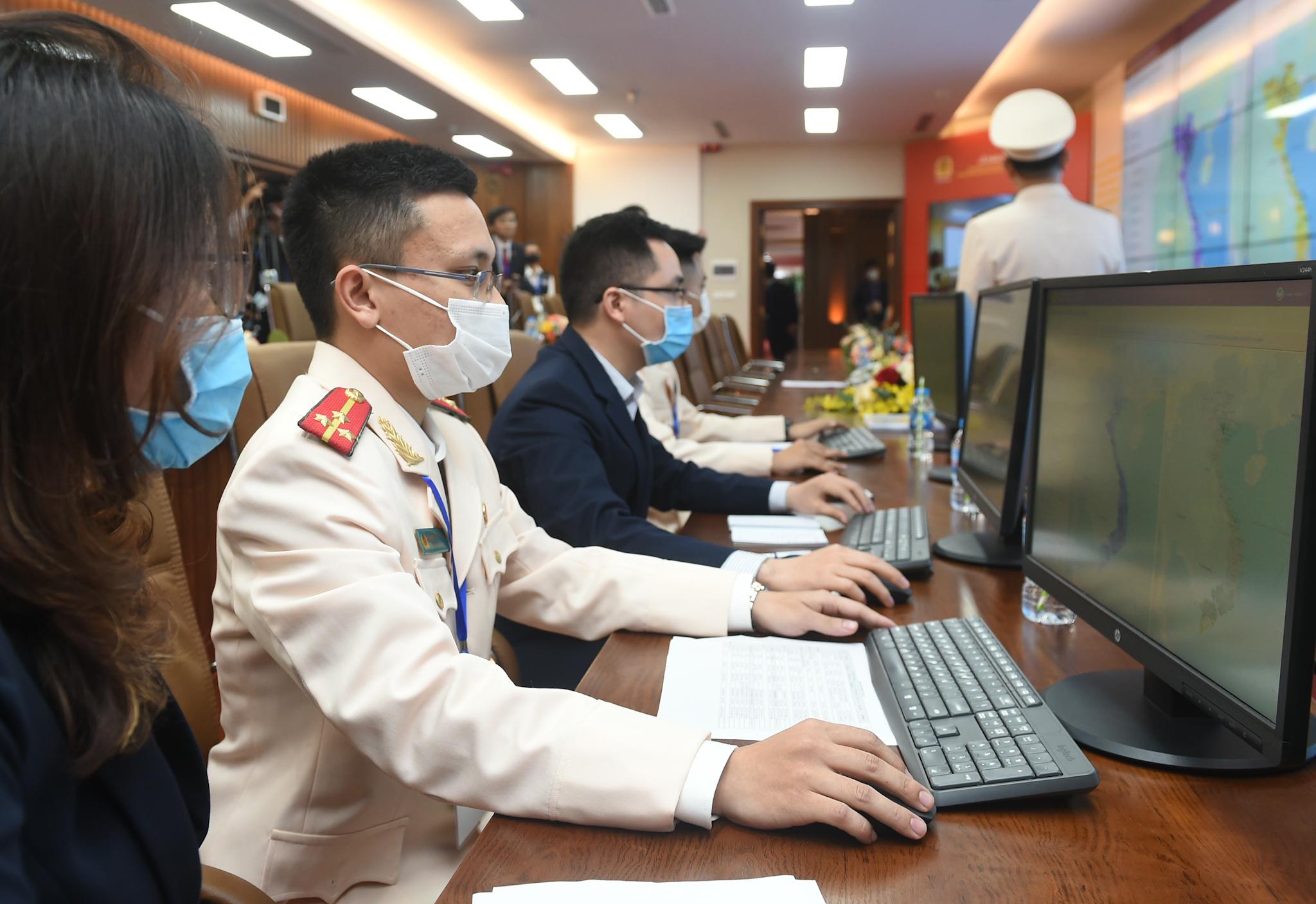 Thủ tướng dự khai trương 2 hệ thống CSDL phục vụ lợi ích cho mọi người dân 1