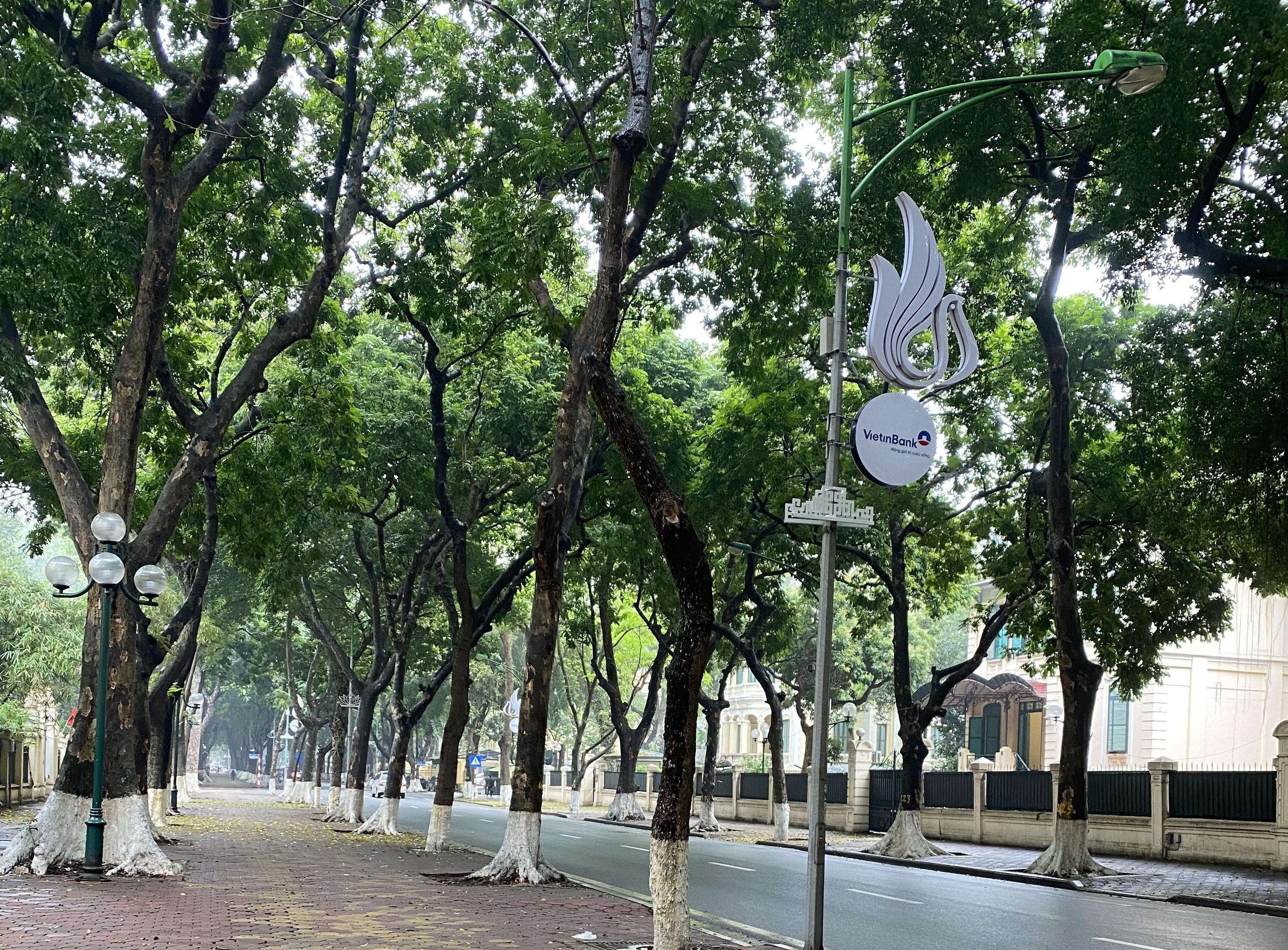 Thời tiết thủ đô Hà Nội nhiều mây, sáng có mưa nhỏ (Ảnh Hằng Nga)
