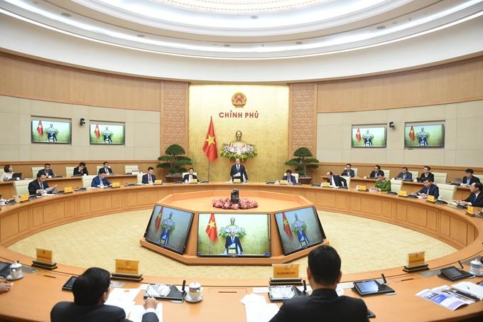 Thủ tướng Nguyễn Xuân Phúc, Chủ tịch Ủy ban quốc gia về Chính phủ điện tử chủ trì cuộc họp