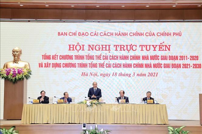 Thủ tướng Nguyễn Xuân Phúc chủ trì hội nghị.(Ảnh: TTXVN)