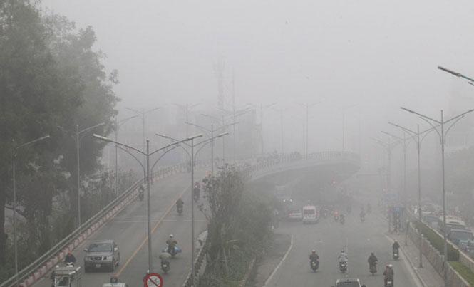 Chất lượng không khí ở Bắc Bộ ảnh hưởng xấu tới sức khỏe con người. Ảnh: Lê Phú/Báo Tin tức