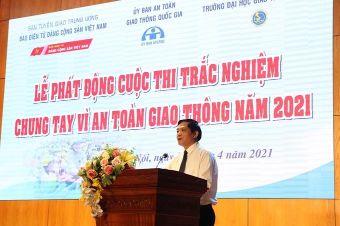 Nhà báo, TS Trần Doãn Tiến, Tổng Biên tập Báo điện tử Đảng Cộng sản Việt Nam phát biểu khai mạc Lễ phát động