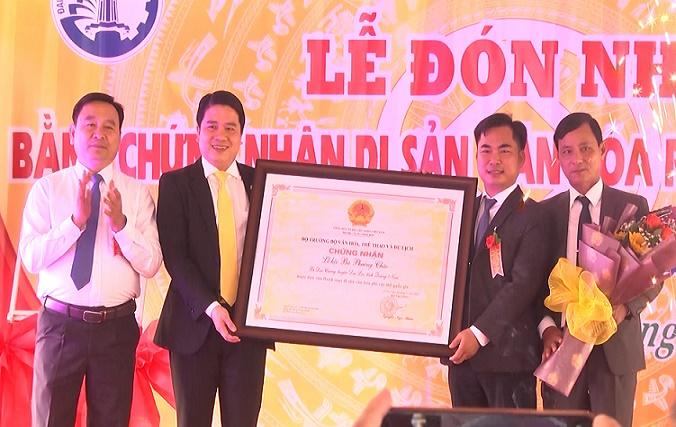 Huyện Đại Lộc đón Bằng công nhận Di sản văn hóa phi vật thể cấp quốc gia Lễ hội Bà Phường Chào.