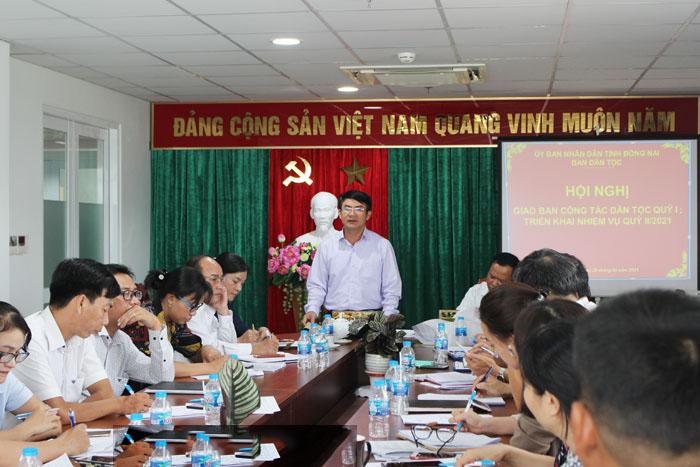 Trưởng ban Dân tộc tỉnh Đồng Nai - Nguyễn Văn Khang phát biểu tại Hội nghị.