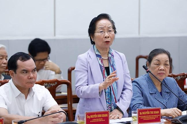 Bà Nguyễn Thị Doan, Ủy viên Đoàn Chủ tịch phát biểu tại Hội nghị.