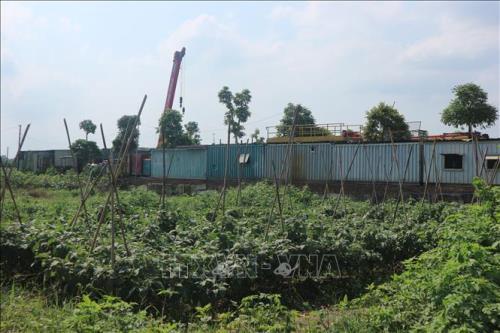 """Hội Môi giới bất động sản Việt Nam dự báo giá đất thời gian tới sẽ được kiểm soát và thậm chí một số khu vực sẽ xuất hiện tình trạng giảm giá và bán """"cắt lỗ""""."""