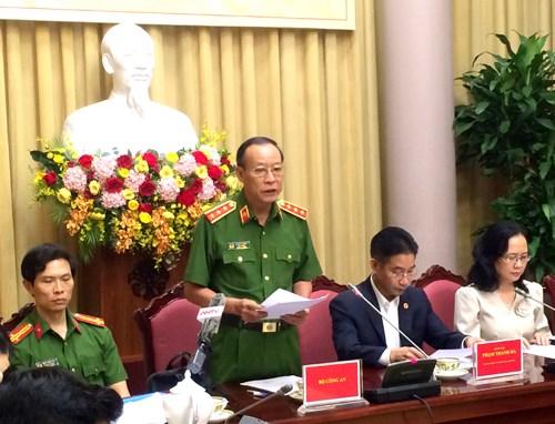 Thượng tướng Lê Quý Vương, Thứ trưởng Bộ Công an phát biểu tại họp báo. Ảnh: VGP/Nguyễn Hoàng