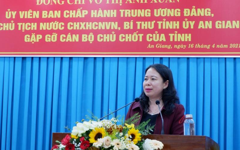 Phó Chủ tịch nước Võ Thị Ánh Xuân phát biểu tại buổi gặp gỡ.