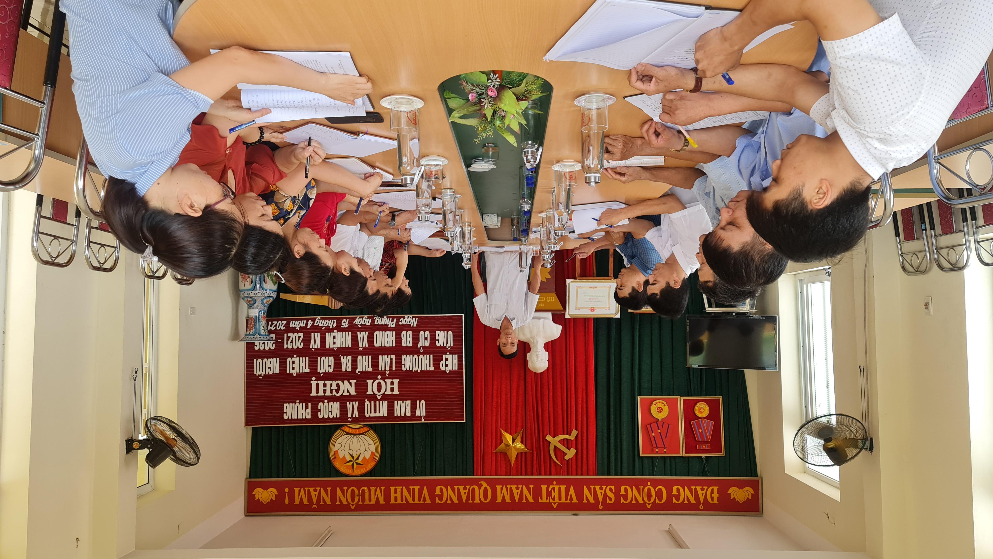 Ban Chỉ đạo bầu xã Ngọc Phụng thường xuyên họp, chỉ đạo công tác triển khai bầu cử