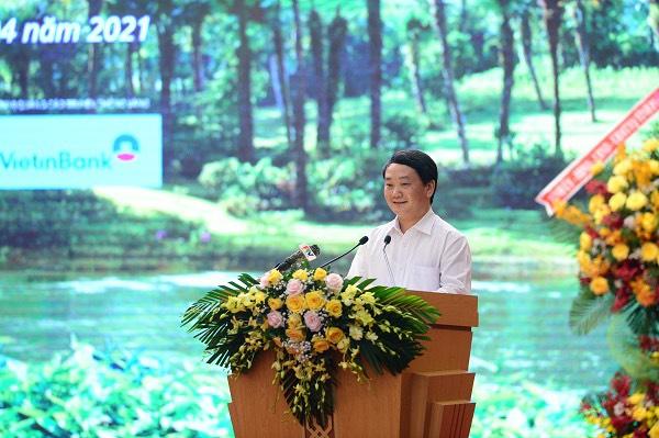 Bộ trưởng, Chủ nhiệm Hầu A Lềnh phát biểu tại Diễn đàn