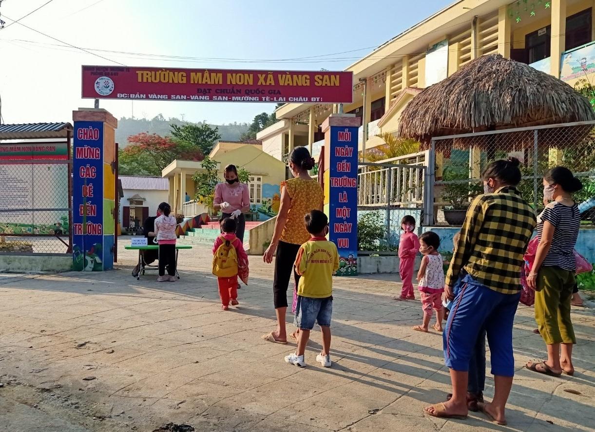 Trường Mầm non Vàng San, nơi chăm sóc, nuôi dạy con em DTTS của xã Vàng San, trong đó có nhiều học sinh người dân tộc Mảng