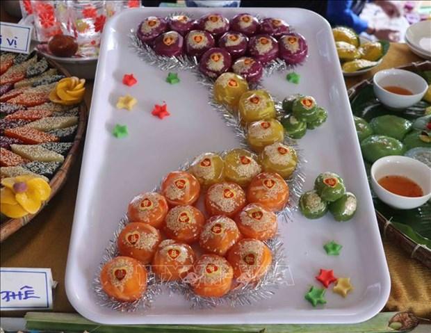 Bánh phu thê - một loại bánh truyền thống tại các lễ cưới hỏi của người dân phương Nam. Ảnh: Huỳnh Anh - TTXVN