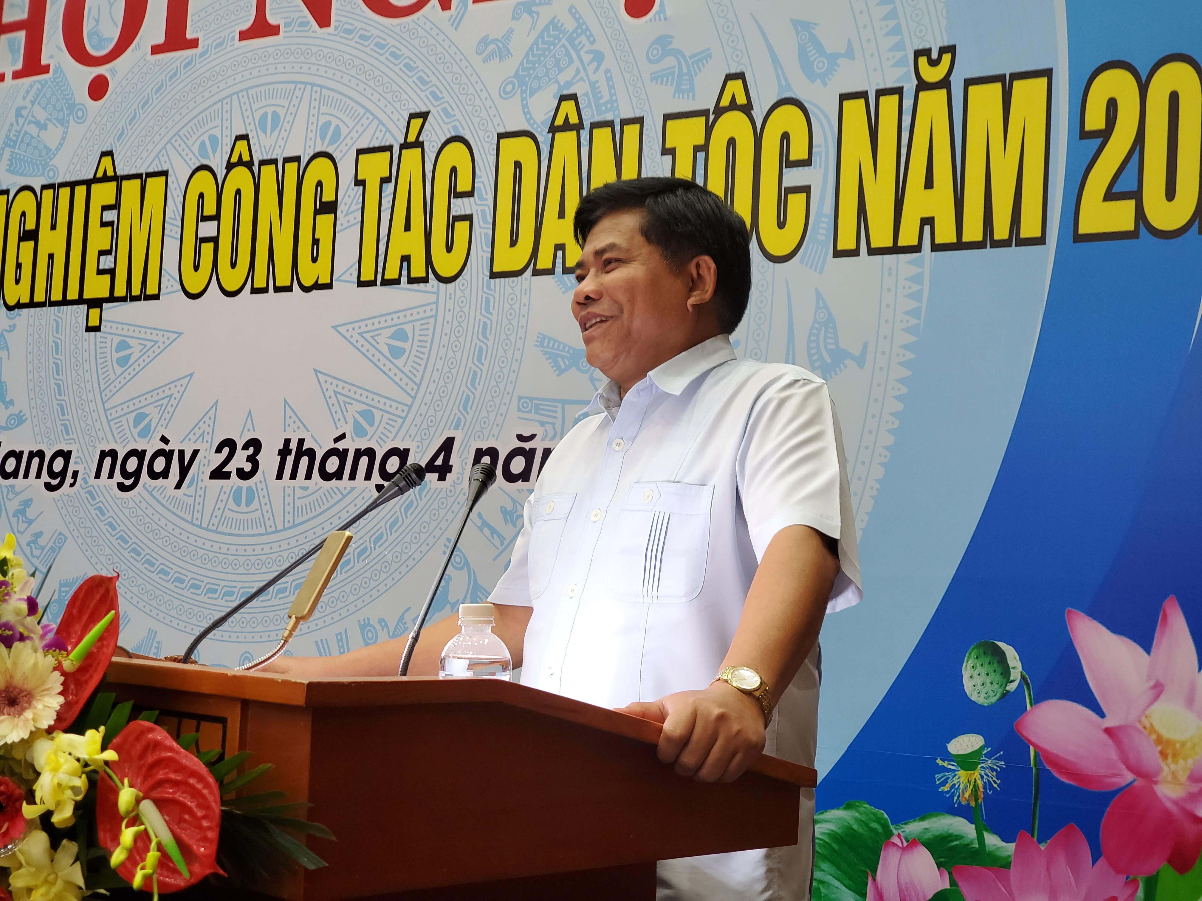 Thứ trưởng, Phó Chủ nhiệm Y Thông phát biểu tại Hội nghị