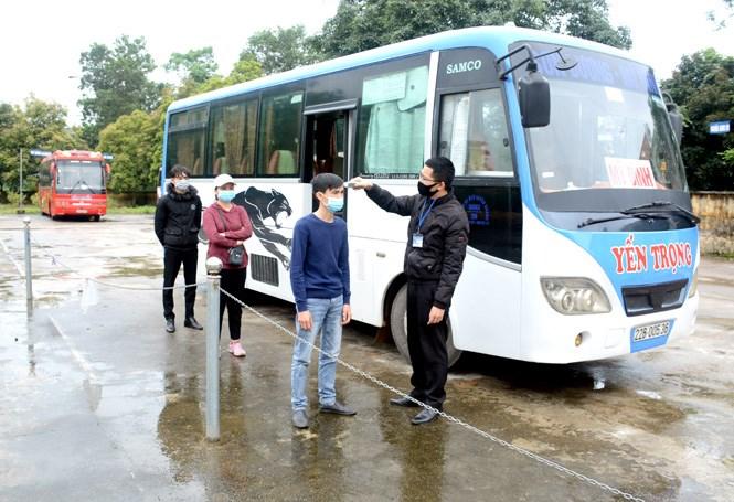 Người tham gia và người điều khiển phương tiện giao thông công cộng cần thực hiện biện pháp phòng, chống dịch Covid-19