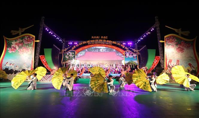 Màn biểu diễn nghệ thuật tại lễ khai mạc Ngày hội Văn hóa, Thể thao các dân tộc huyện Bình Liêu năm 2021. Ảnh: Thành Đạt/TTXVN