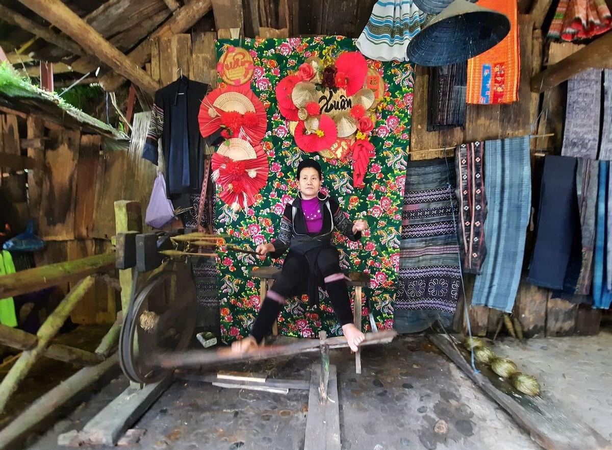 Nghề đan thồ, xe lanh, dệt vải… được bảo tồn và phát triển