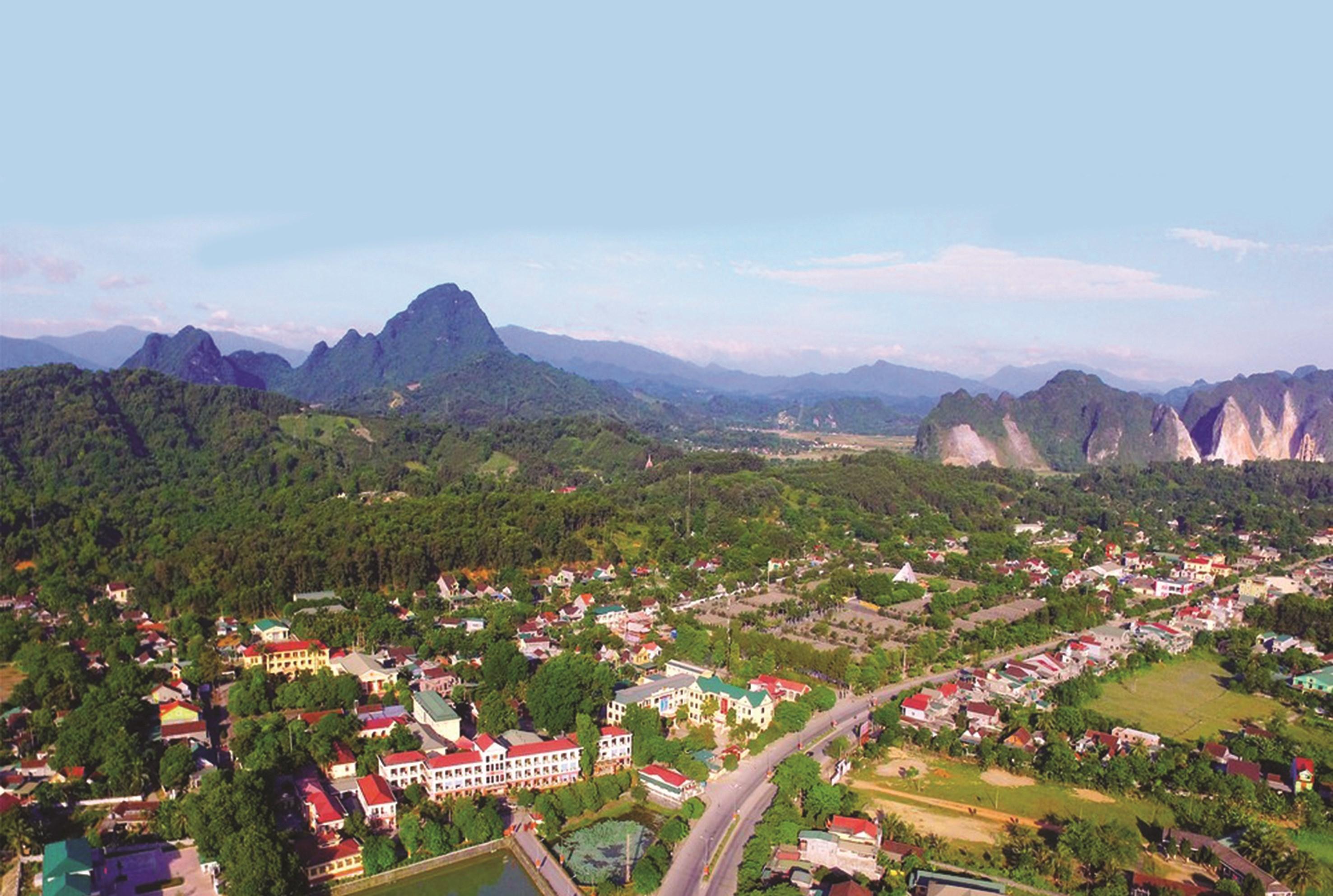 Một góc huyện miền núi Anh Sơn (Nghệ An).