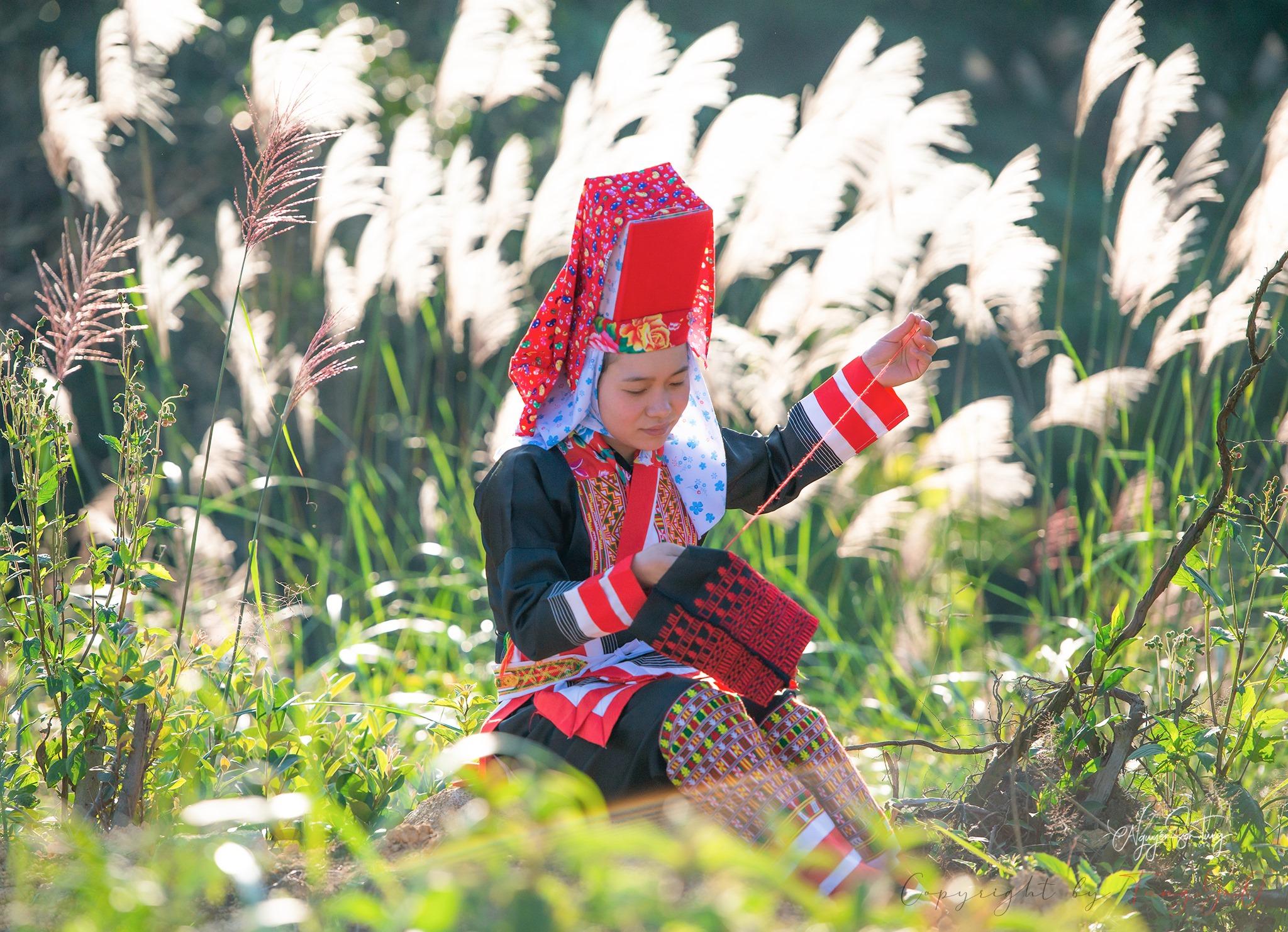Trang phục của người Dao Thanh Phán (huyện Bình Liêu, Quảng Ninh)