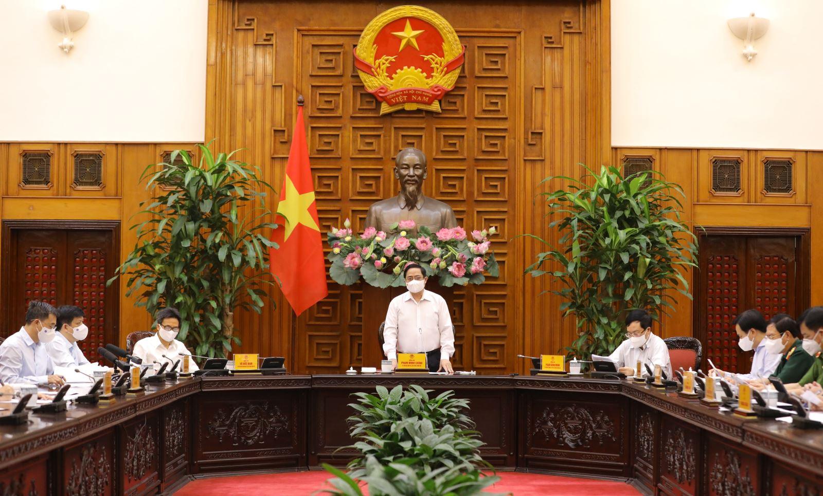 Thủ tướng Phạm Minh Chính chủ trì cuộc họp. Ảnh: Văn Điệp/TTXVN