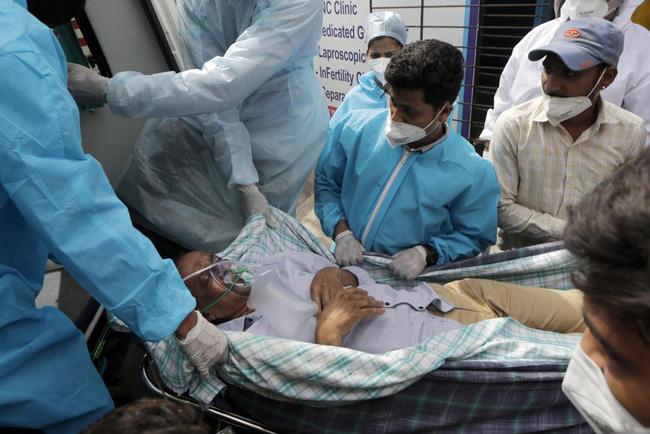 Hơn 152,6 triệu người trên thế giới đã nhiễm virus SARS-CoV-2. (Ảnh: AP)